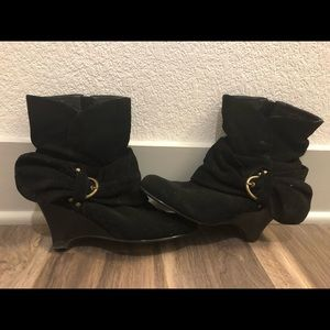 Black Buckle Ankle Length Boots